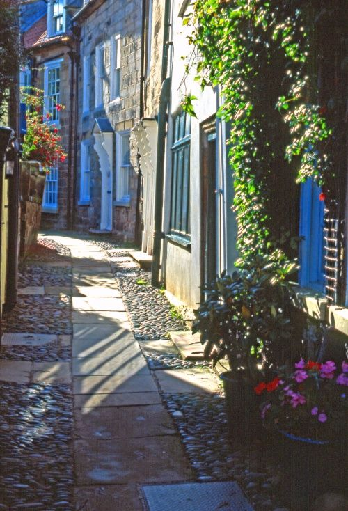 Cottage Alleyway, Robin Hoods Bay, a small fishing village and bay on the coast of North Yorkshire