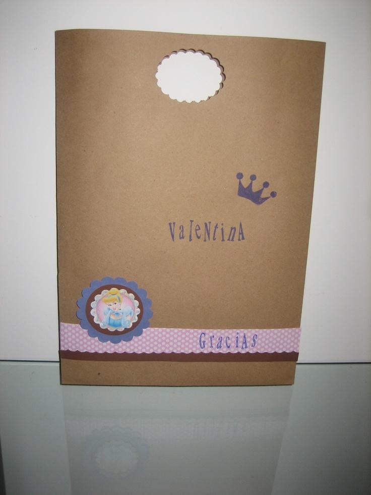 Bolsa de papel ecologico para sorpresa de cumpleaños decorada segun tema solicitado por el cliente