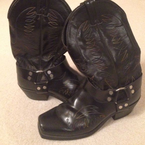 Men's cowboy boots Black cowboy boot leather uppers linings and outsoles Shoes Combat & Moto Boots