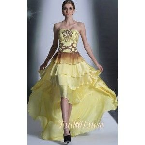 17104円、在庫があります。ベアトップのアシンメトリーパーティードレス、すごくかっこいいドレスです