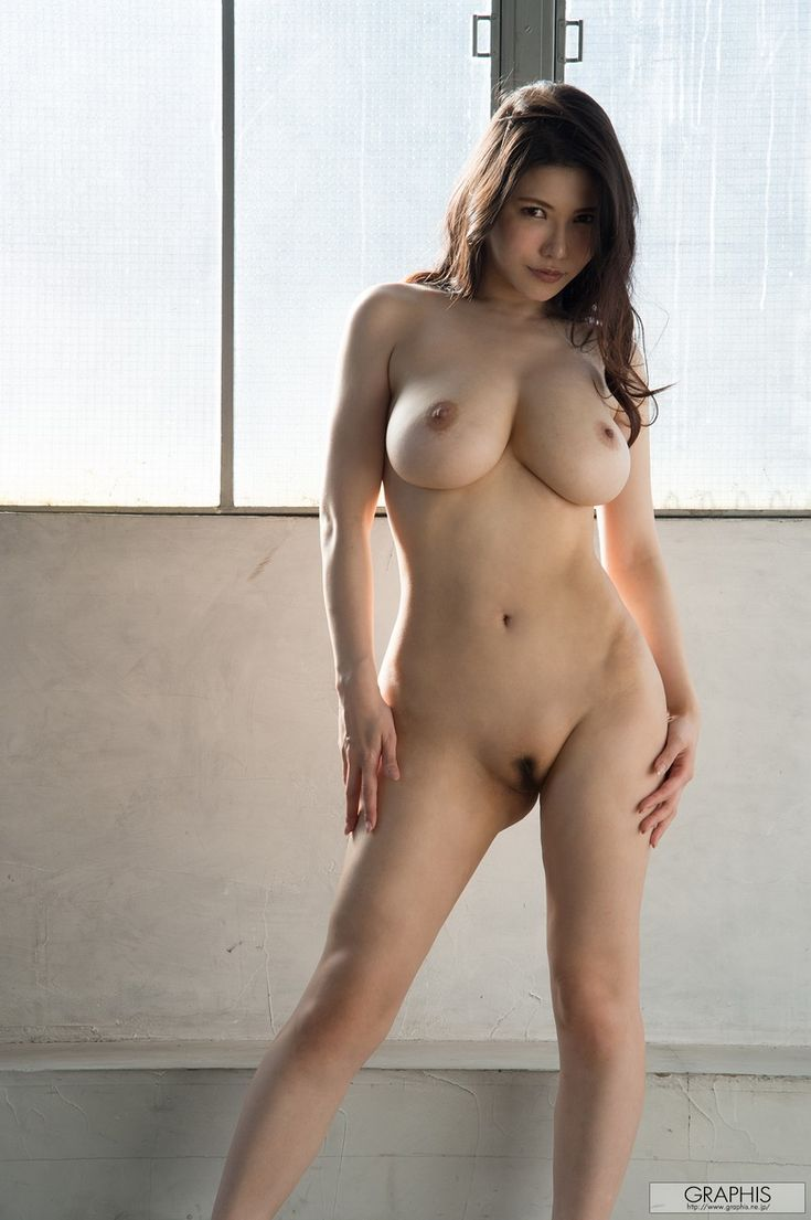 korean beauty naked with boobs