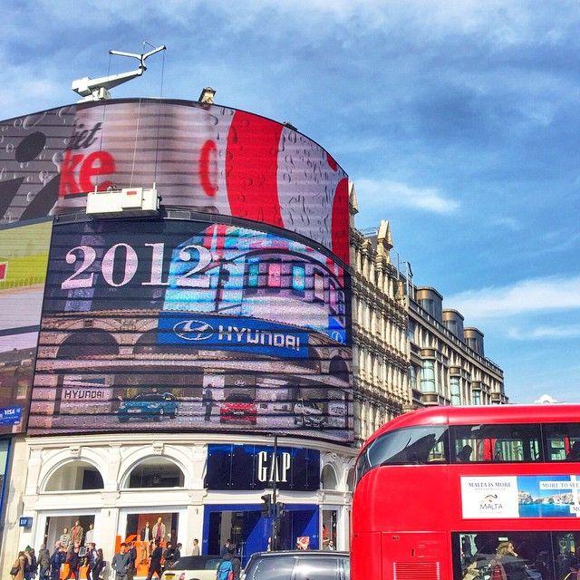 I mille colori di Piccadilly  #London #innamorata