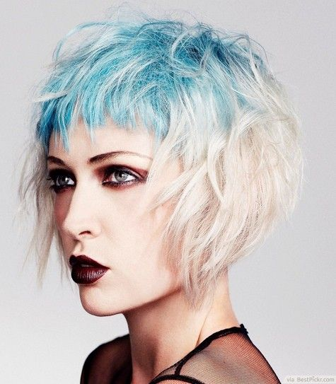 Platinum And Turquoise Wavy Short Scene Hairstyle ❥❥❥ http://bestpickr.com/short-scene-hairstyles-for-girls