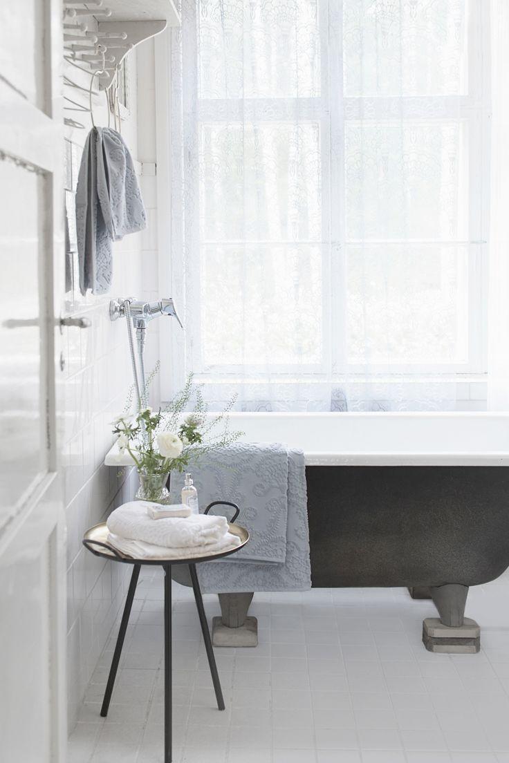 Lennol | Luxurious bathroom towels
