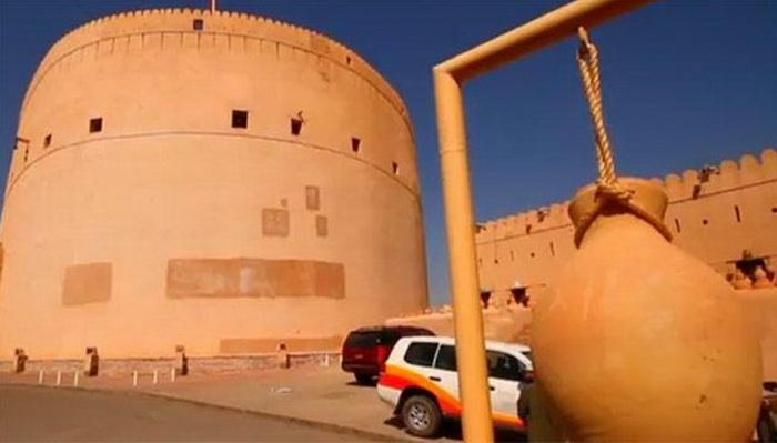 قلعة نزوة العُمانية... بين الماضي والحاضر