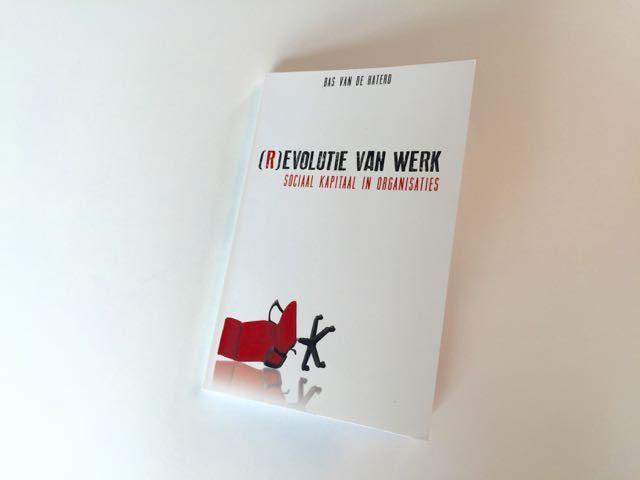 Welke invloed hebben maatschappelijke trends en ontwikkelingen op de toekomst van het werk? Een interessant boek met 8 toekomtlijnen om het werk slimmer te organiseren.
