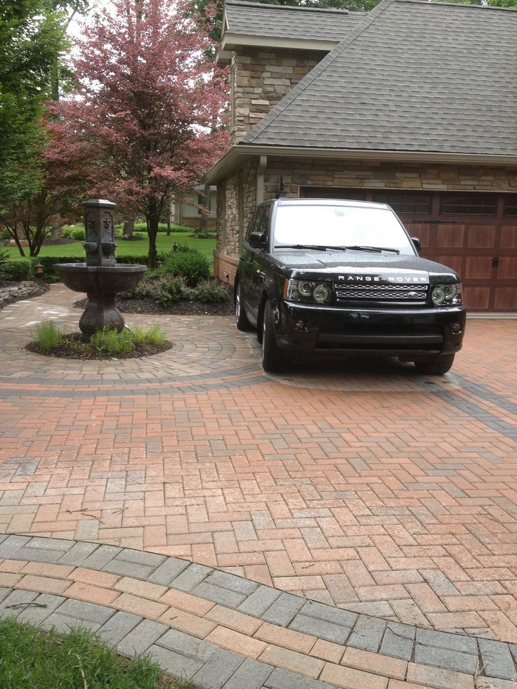 Traditional Brick Paver Driveway With Charcoal Accent