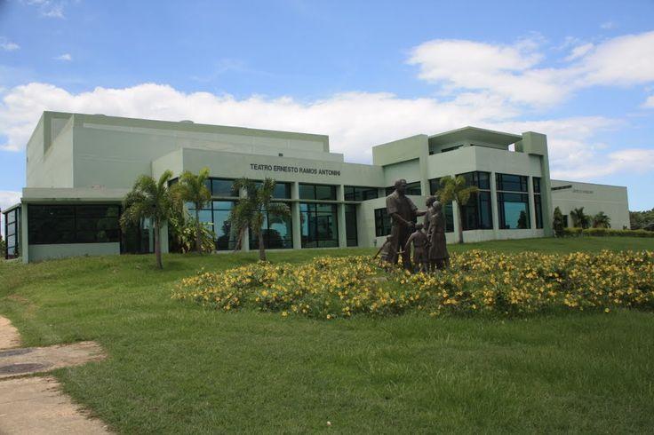 Teatro Ernesto Ramos Antonini-Barceloneta- fué el creador de la ley que dio paso a la Escuela Libre de Música de Puerto Rico - Around Guides