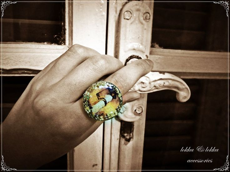 rings of liquid glass