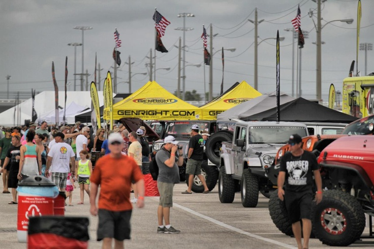 Jeep beach vendor show had GenRight representing with the best Jeep off roading parts available! http://www.genright.com/Jeep-Beach-2013.aspx #jeep #offroad #jeeping #genright #daytona #florida #jeepbeach