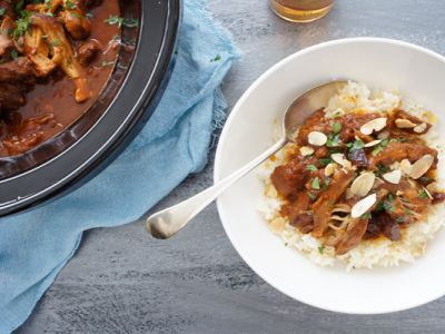 Slow Cooked Moroccan Chicken with Apricot Rice recipe - A not-too-spicy, but very tasty meal that my family loves. The rice which accompanies it simply takes the meal to another level.