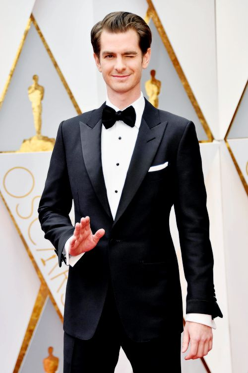 Andrew Garfield attends the 89th Annual Academy Awards at Hollywood & Highland Center on February 26, 2017 in Hollywood, California. Pinned by @lilyriverside