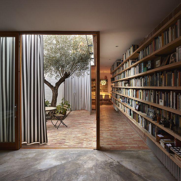 © Mariela Apollonio Ricart house Valencia