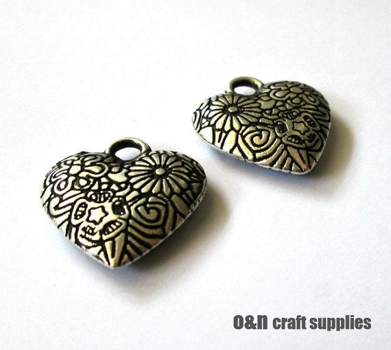 Metal engraved charm / pendant double sided antique by OandN, $3.90 #jewelrysupplies #pendant