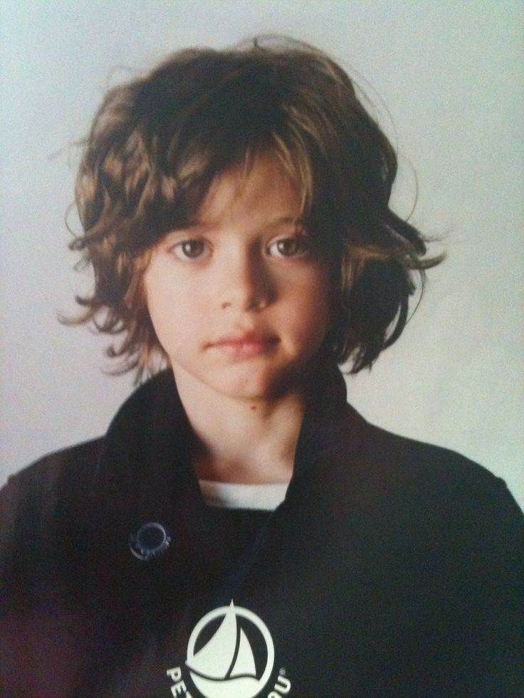 Boys curly hair.... I could just let it grow! <3