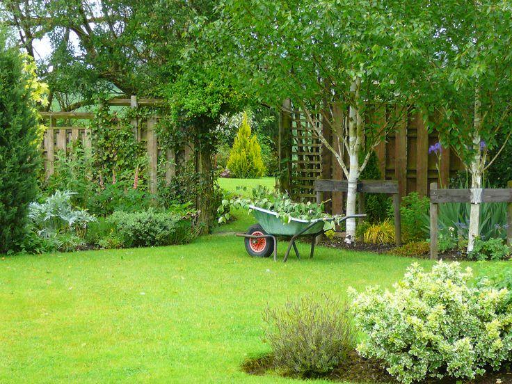 Garden with mirror, showing our secret garden!