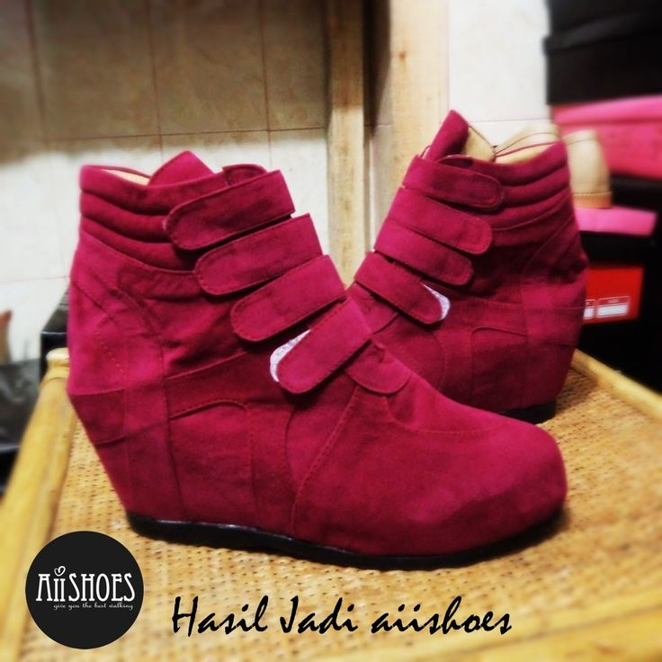 code HSD 011 idr 330,000 heel : 6,5 cm =REAL HANDMADE=  PREORDER HANDMADE SHOES (3-6 weeks) Custom shoes, you can order another specification ( size and colour) For ask/order : Line aiishoes Wa 087827664400 Pin bb 7c9d78cd Shipping from Bogor, Indonesia