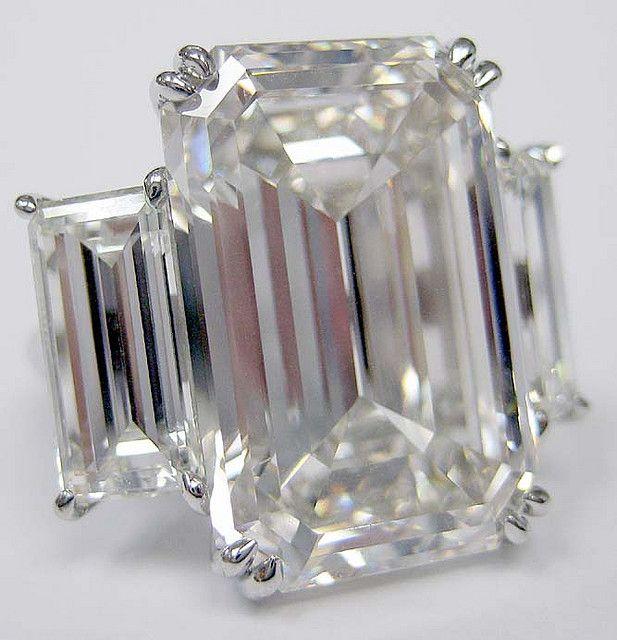 18 carat diamond ring