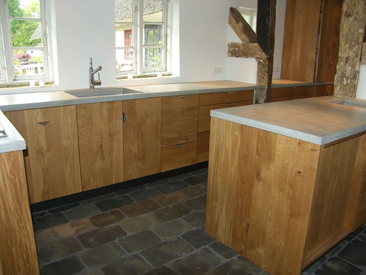 Handmade kitchen. Option for customization. You can choose size, colour and make it to your own personal kitchen. http://www.kjeldtoft.com/