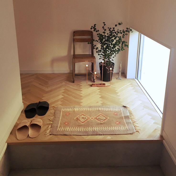 アンティーク/FIX窓/注文住宅/アンティークチャイルドチェア/ヘリンボーンの床…などのインテリア実例 - 2015-11-30 09:39:05 | RoomClip(ルームクリップ)