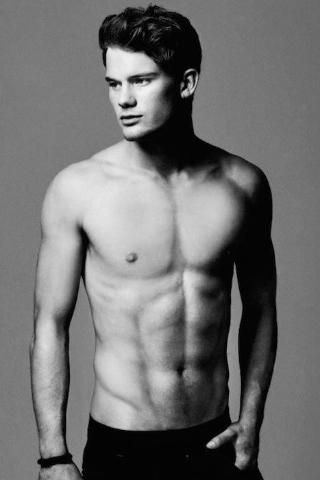 Jeremy Irvine shirtless body...