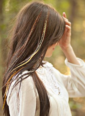<3 #feathers #featherextensions #featherjunkie