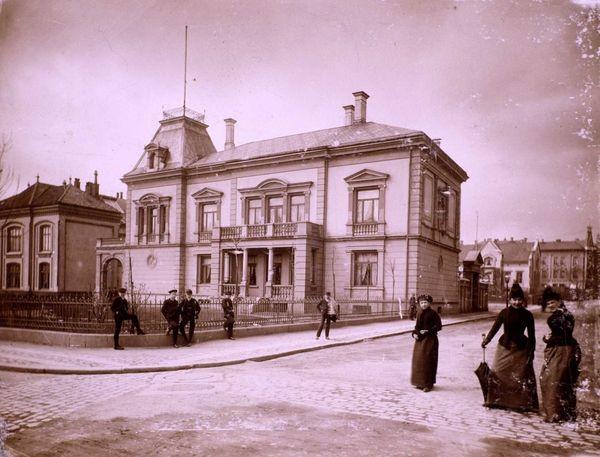 Uranienborgveien 2 1890-åra
