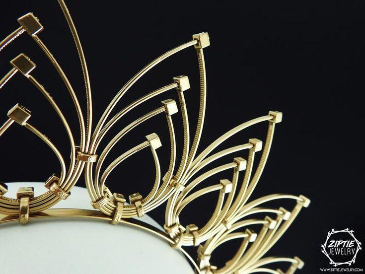 Corona de lazo con cremallera de halo dorado / Diadema de lazo de PLZ / Diadema de halo de oro / Casco de halo / Corona de plumas de lazo con cremallera / Casco de boda
