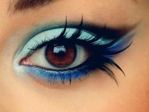 How cool!: Make Up, Eyelashes, Eye Shadows, Brown Eye, Beautiful, Blue Eye Makeup, Eyeshadows, Eyemakeup, Feathers