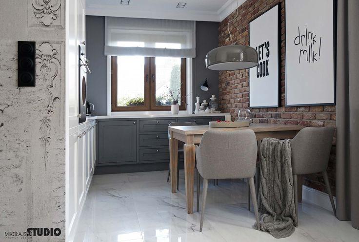 Połączenie szarości z brązem i cegłą - kilka propozycji architektów | IH - Internity Home