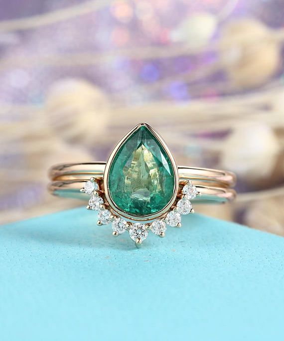 Emerald Engagement Ring Set Pear Shaped cut wedding ring women