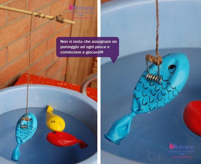 Giochi d'acqua: a pesca di palloncini