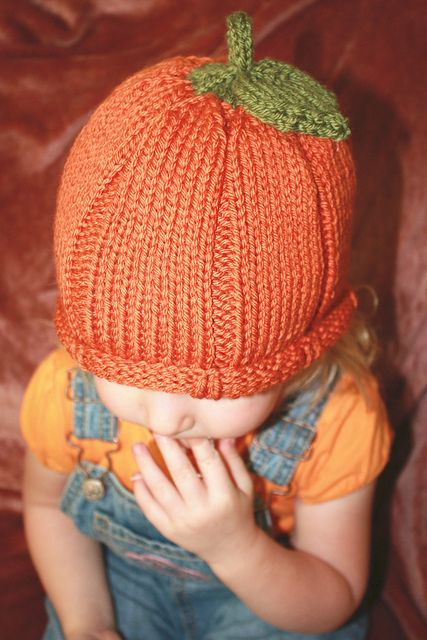 Child's pumpkin hat - Could make one of this for each of the kids!