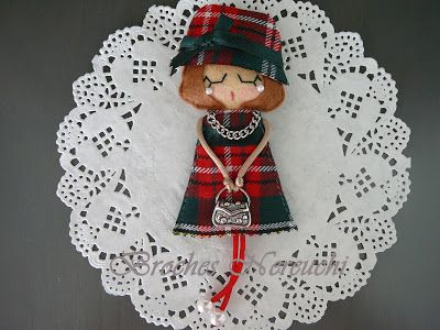 NEREUCHI Brooches BAGS OF SCOTTISH PICTURES