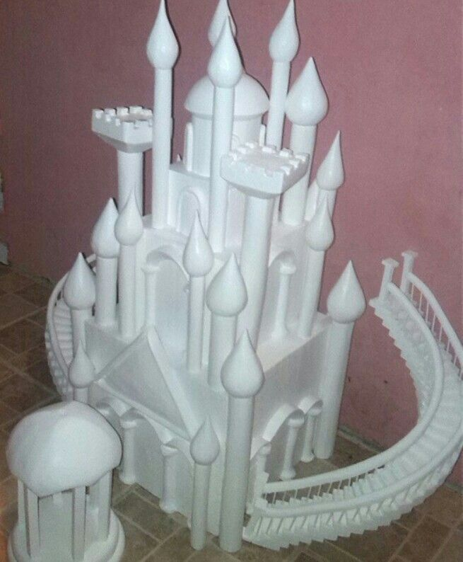 Maqueta de castillo para decorar tortas