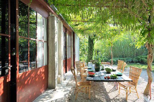 les 18 meilleures images propos de espace repas ext rieur sur pinterest jardins pi ces de. Black Bedroom Furniture Sets. Home Design Ideas