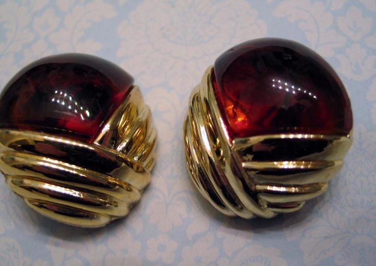 Big Bold Earrings Retro 80's Root Beer Amber Lucite & Goldplated Clip-on #Unbranded #Cluster