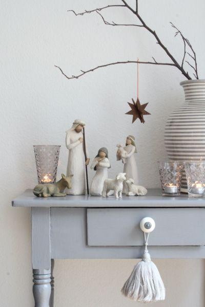 Baum steht, Krippe steht ... Weihnachten kann kommenIch wünsche euch allen ein frohes Weihnachtsfes