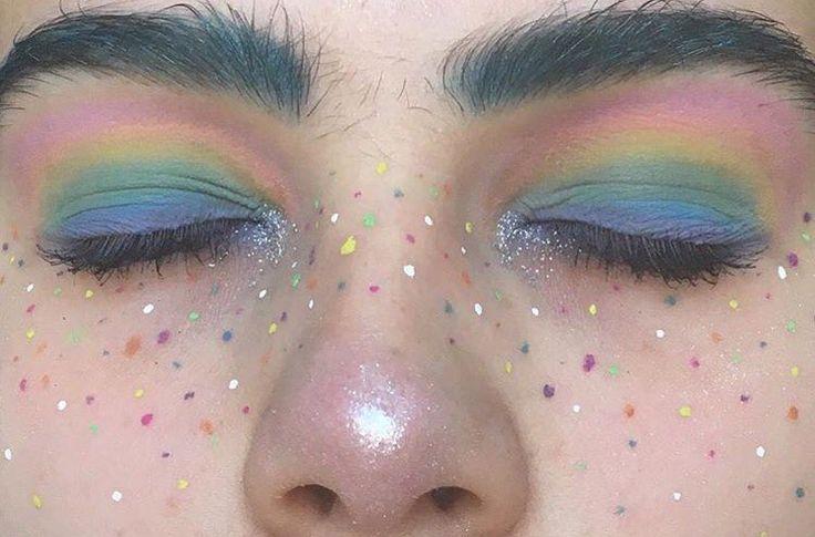 makeup // aesthetic // face // colour // bright // minimal // design
