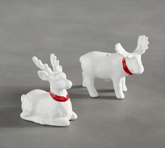 Reindeer Salt and Pepper Shakers  for a traditional Christmas table setting. Home decor, Christmas decoration, Christmas table setting.