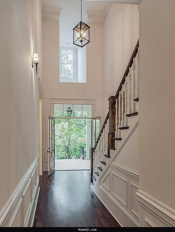 25 best ideas about 2 story foyer on pinterest two for Foyer pendant ideas