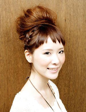 髪型・ヘアカタログ・ヘアアレンジ:[夏へアアレンジ]編み込みアップ/Lens[レンズ](恵比寿)の美容室情報|KamiMado(かみまど)