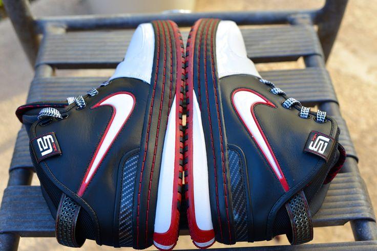 Nike Zoom Lebron VI (Black/White/Red) Size Deadstock