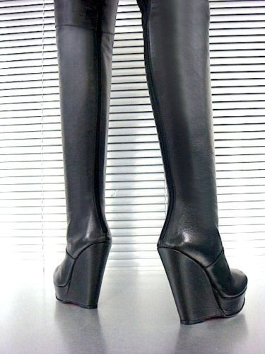 Extrem-thigh-high-crotch-boots-wedge-platform-black-leather-UK11-EU45-Italy