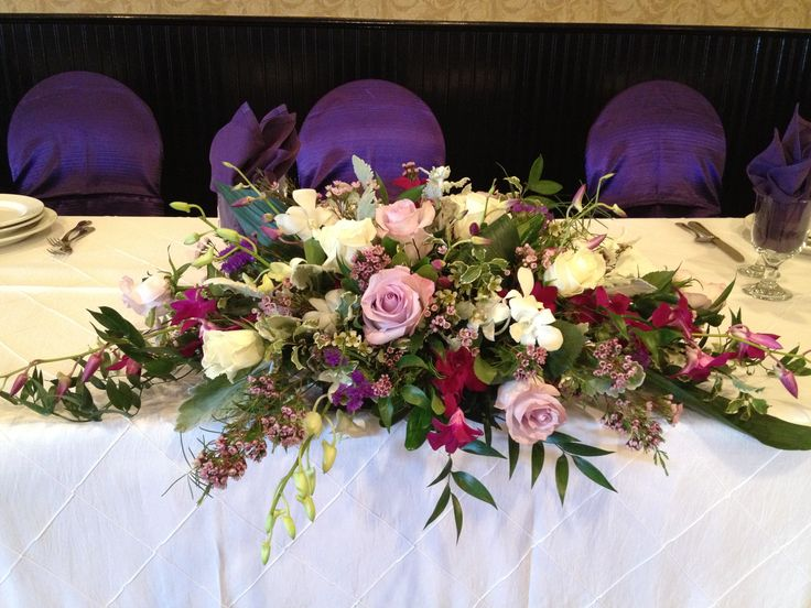 42 best images about wedding head table arrangements on for Dinner table flower arrangements