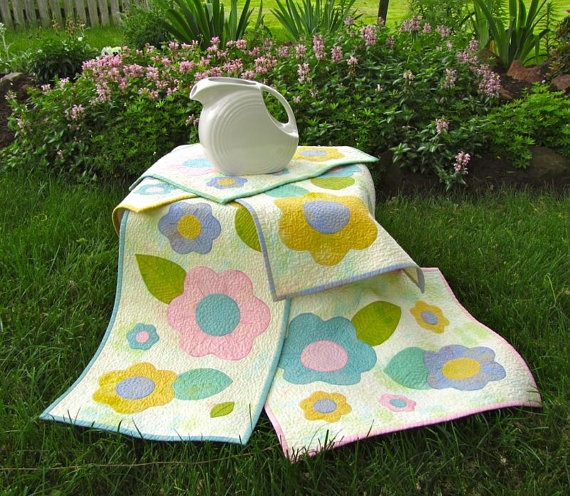 1000 images about quilting placemats and mug rugs on for 10 minute table runner placemats