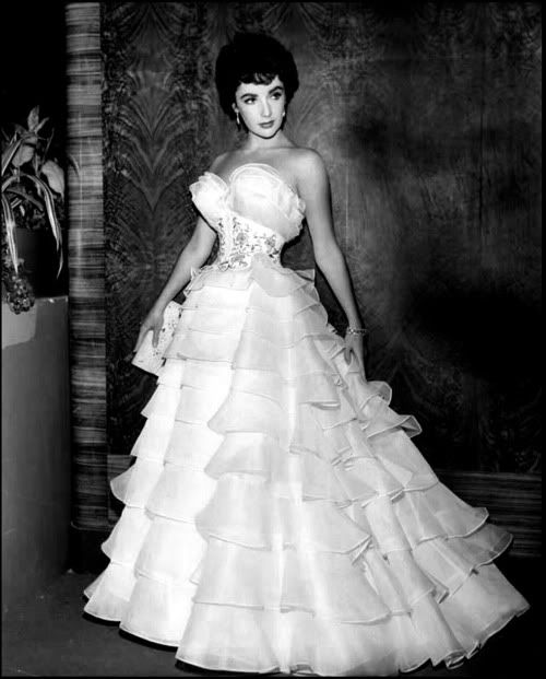 "Elizabeth Taylor wearing a stunning 1950s gown. Totally would wear it now with my ""older taste"" but now would wish for my ""younger"" body...... :D"