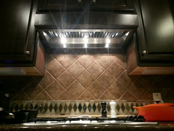 cfm range hood insert installed a bit tricky but worth it looks