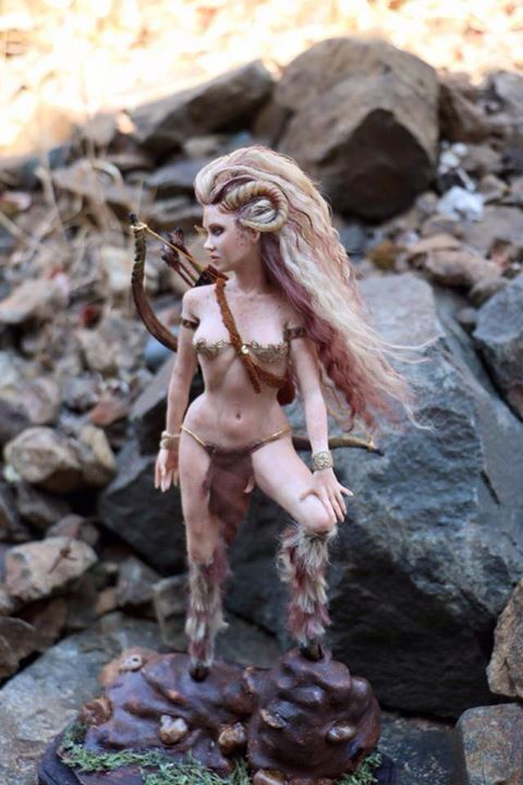 Artemis Godin van de Jacht, door Laurie Sullivan