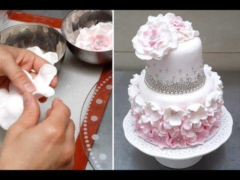 Making A Ruffle Cake